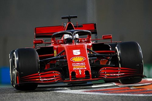 VÍDEO: Vettel encerra passagem pela Ferrari com música e cerveja