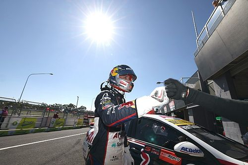 Bathurst Supercars: Provisional pole for van Gisbergen