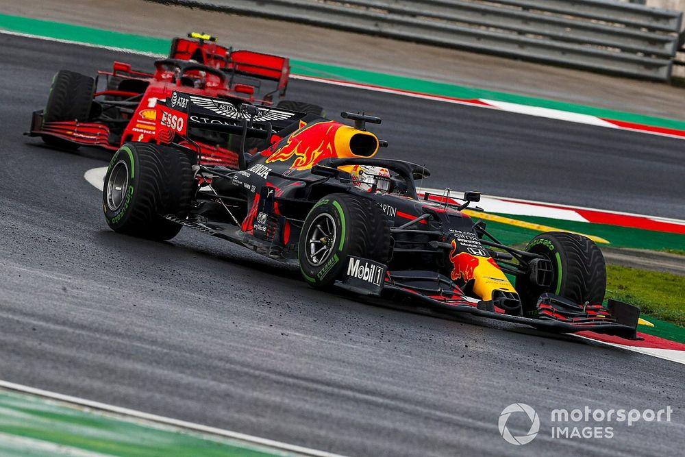 Verstappen salvo: nessuna penalità per l'uscita dai box