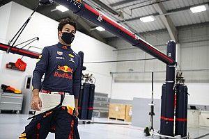 """Pérez: """"Red Bull es muy diferente a los otros equipos que estuve"""""""