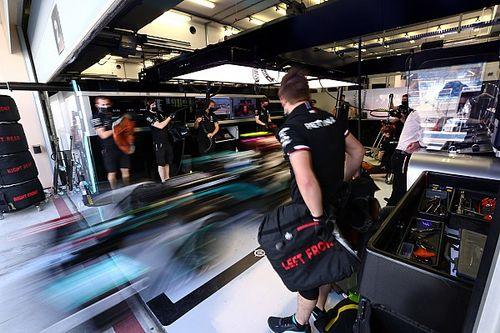 Mercedes выбрала для съемочного дня короткую трассу в Бахрейне