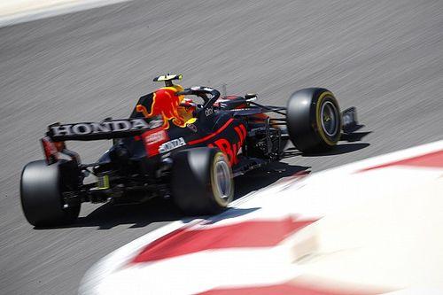 """Perez az élen a harmadik tesztnap felénél, de Räikkönen a """"legszorgalmasabb"""""""