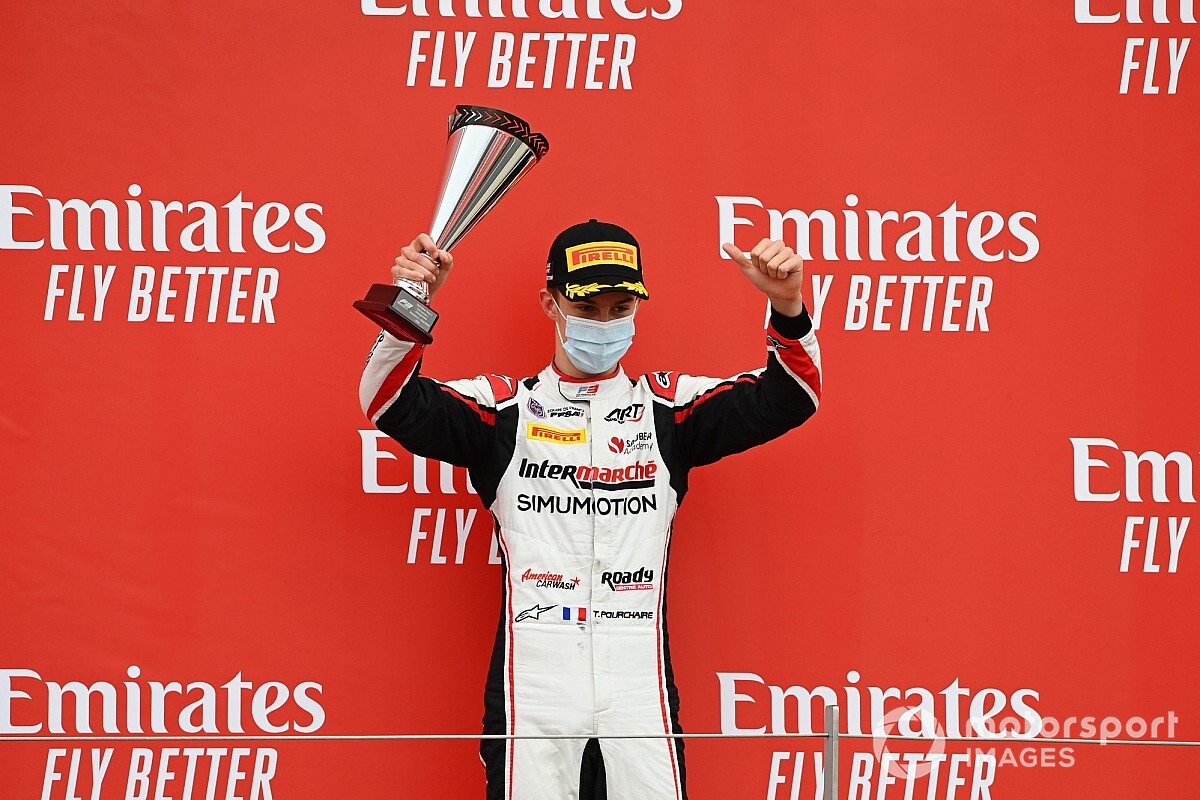 Pourchaire debuteert in Bahrein in Formule 2 met HWA