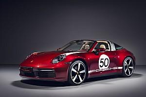 Porsche 911 Targa 4S, omaggio al passato con la Heritage Design Edition