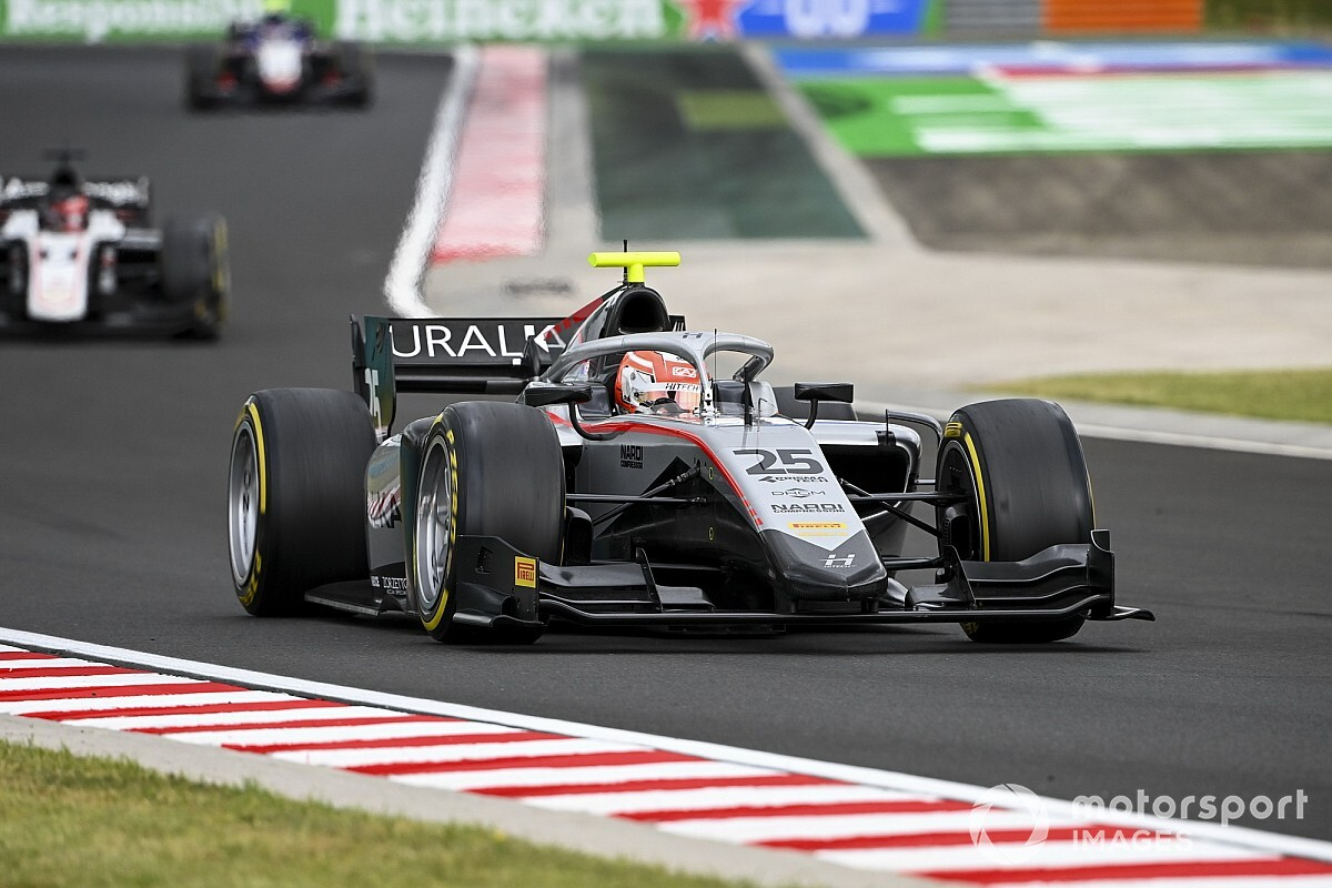 Hungaroring F2: Ghiotto holds off Ilott in race two thriller