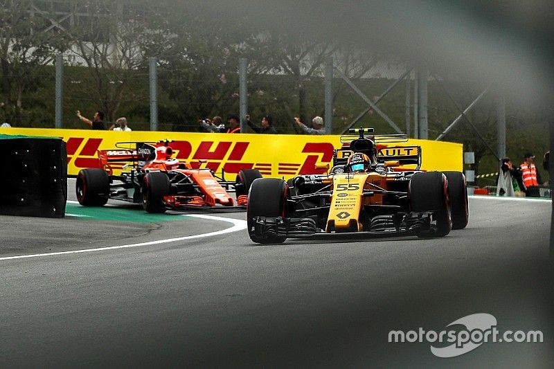 """McLaren jadi """"tekanan positif"""" untuk Renault di 2018"""