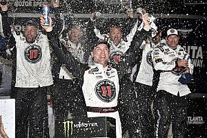 Kevin Harvick named Richard Petty Driver of the Year