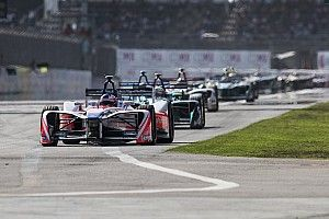 """Rosenqvist : """"Comme si quelqu'un avait éteint"""" ma voiture"""