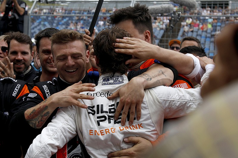 DTM Hungaroring: Auer pole'de, ilk beş Mercedes'in!