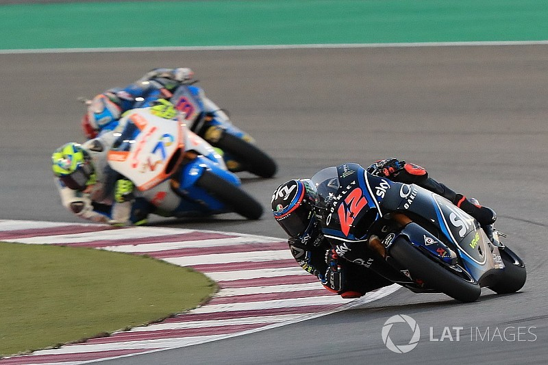 Moto2 in Katar: Bagnaia feiert Premierensieg, Schrötter Siebter