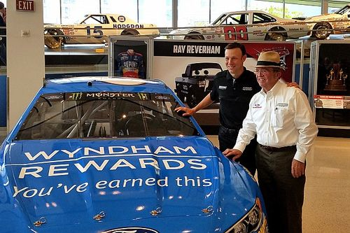 """Kenseth wants to help Roush """"return to prominence"""" in the Cup Series"""
