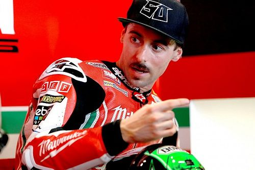 Eugene Laverty si è fratturato il bacino nell'incidente di Buriram