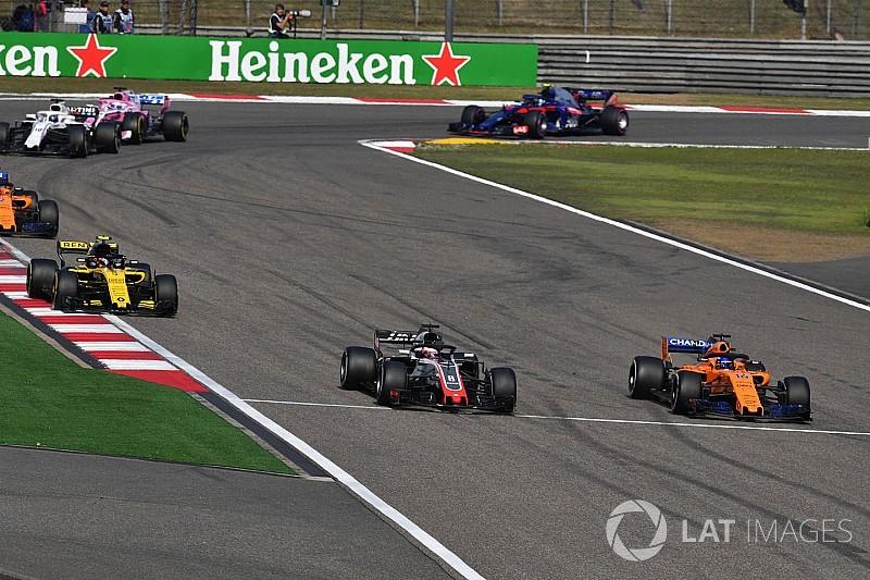 """McLaren y Renault están """"teniendo suerte"""", dicen en Haas"""