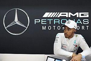 Hivatalos: Hamilton kétéves szerződést kötött a Mercedesszel