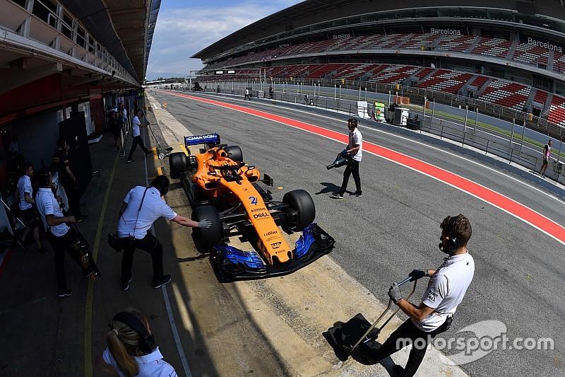 """Vandoorne en Norris testen oude en nieuwe McLaren: """"Zeker stap vooruit"""""""