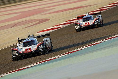 EL3 - Porsche sort du bois au petit matin