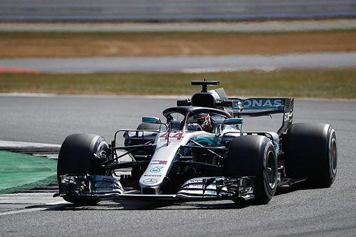 Hamilton trapt thuisweekend op Silverstone als snelste af, probleem bij Verstappen