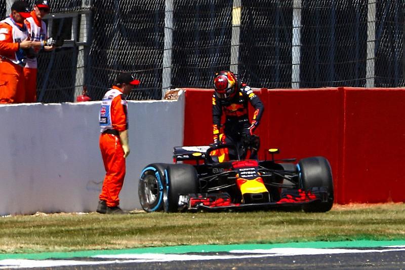 """Verstappen: """"L'errore? Ho affrontato la curva troppo forte con le gomme dure"""""""