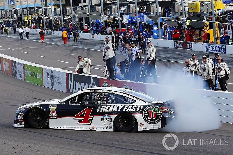 NASCAR-Hattrick perfekt: Kevin Harvick siegt auch in Phoenix