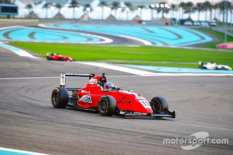 Abu Dhabi MRF: Drugovich takes crushing Race 3 win
