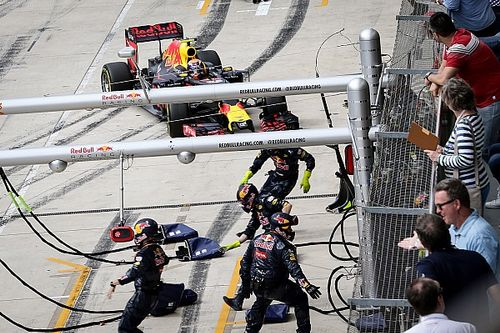 Red Bull: Verstappen pit stop 'totally unusual'