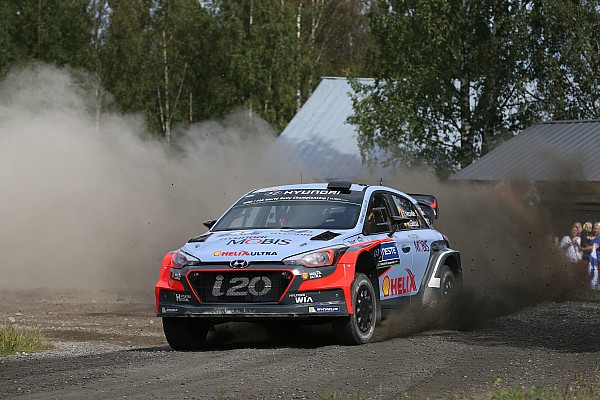 Hyundai Motorsport drivers in close fight to the finish in Rally Finland