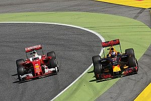 Horner defends Ricciardo strategy
