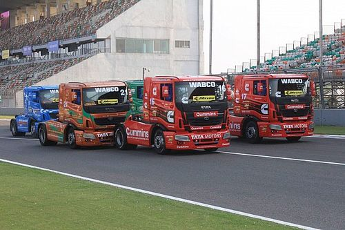 Delhi T1 Prima: Powell wins thrilling opening race