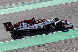 Кубица стал быстрейшим в первый день тестов Формулы 1 после перерыва