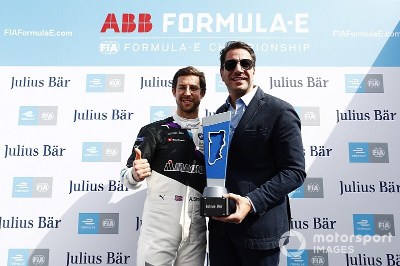 Diriyah E-Prix: Sims bags another pole for BMW