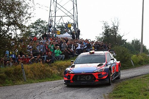 Rallylegend 2019: Neuville vince tra le WRC, Block tra le Myth