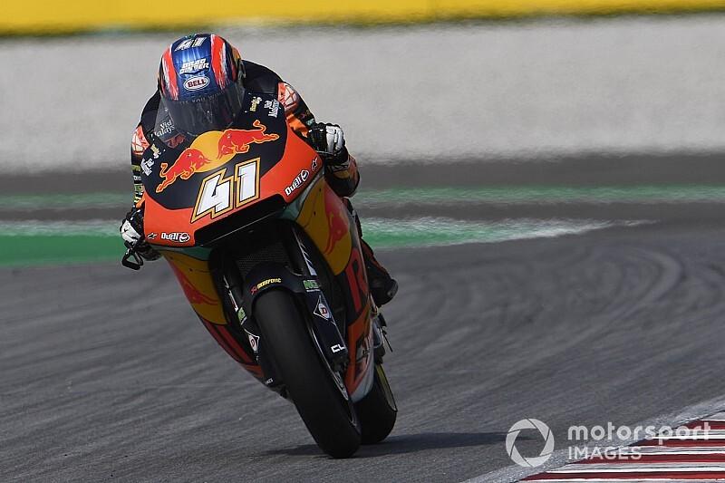 Moto2, Valencia, Libere 2: Binder balza al comando