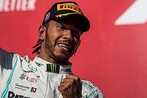 """Hamilton décontenancé par un sixième titre mondial """"surréel"""""""