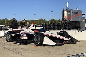 Гонщики IndyCar предсказали падение скорости из-за «аэроскрина»