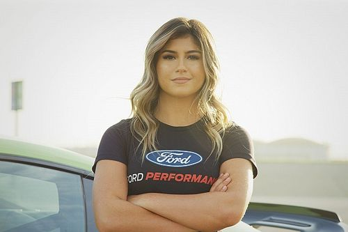 Hailie Deegan to make NASCAR Truck Series debut at Kansas