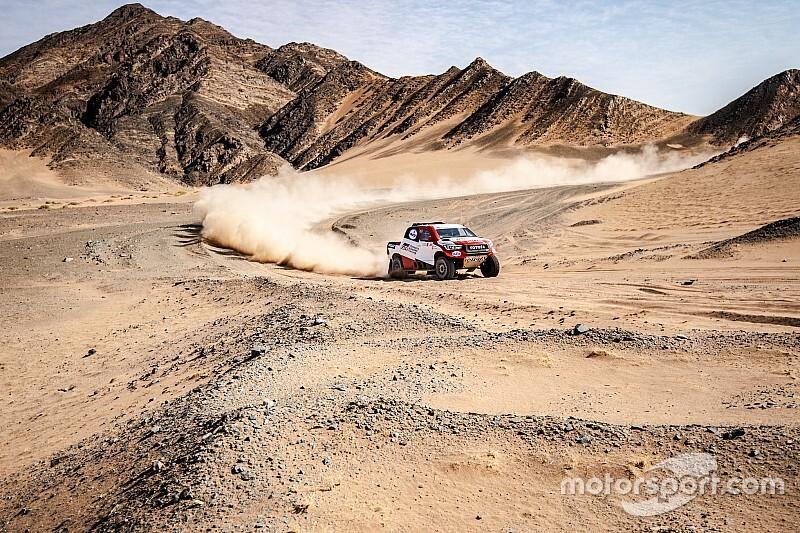 Alonso logra su primer podio en raids en Arabia Saudí