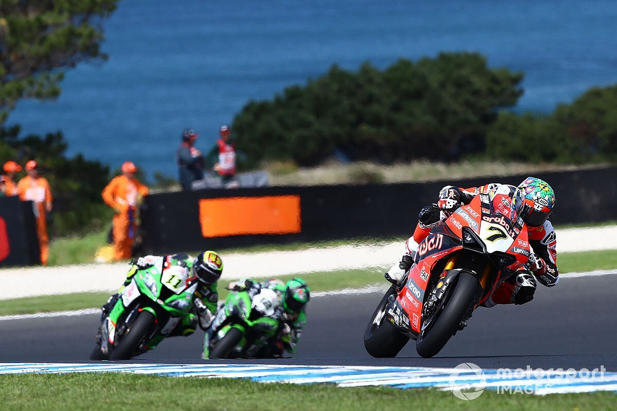 Davies ill-suited to Ducati V4, says Melandri
