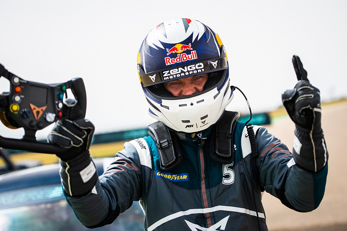 Ekstrom crowned inaugural PURE ETCR champion in France