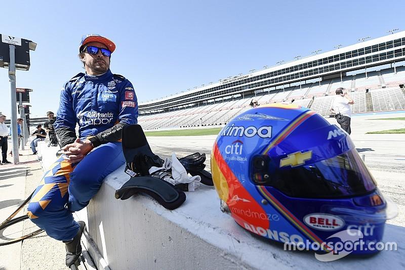 «Эта гонка сама выбирает победителя». Алонсо о подготовке к Indy 500