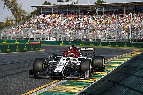 Problema com sobreviseira força Raikkonen a antecipar parada na Austrália