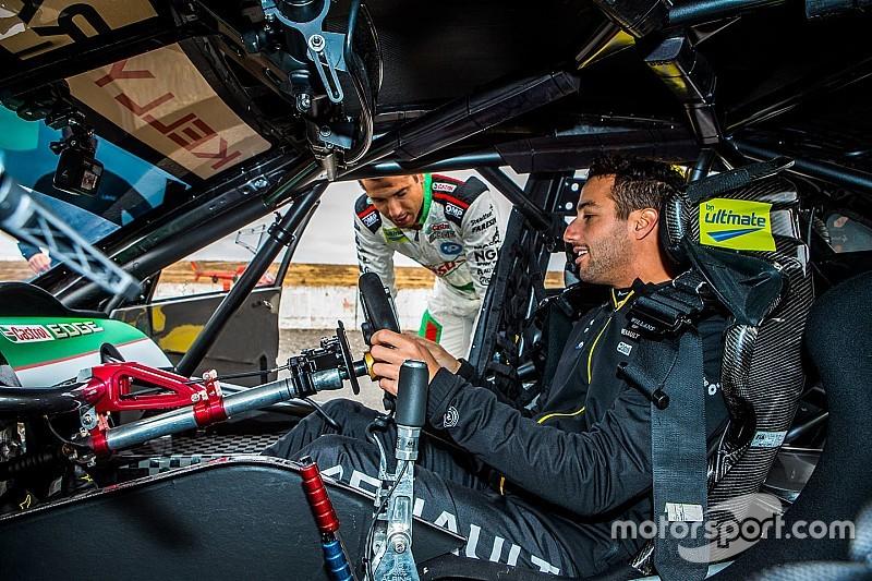 """Ricciardo, gelecekte Bathurst 1000 yarışına katılma olasılığını """"%50"""" olarak niteledi"""