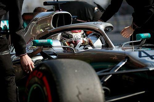 "Hamilton attól tart, a Mercedes ""túltolja"" a Ferrari miatt"