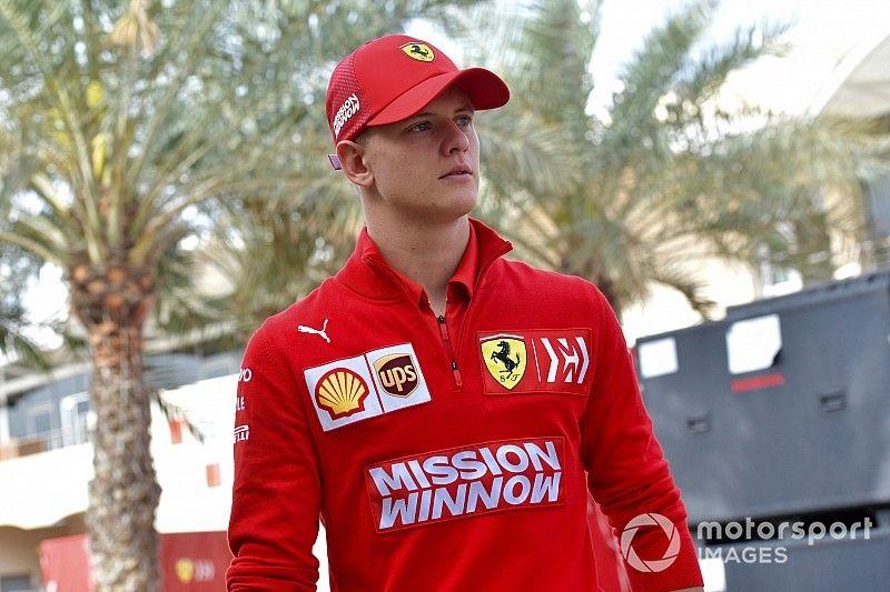 Шумахер рассказал, что приехал на тесты в Бахрейне «получить удовольствие»