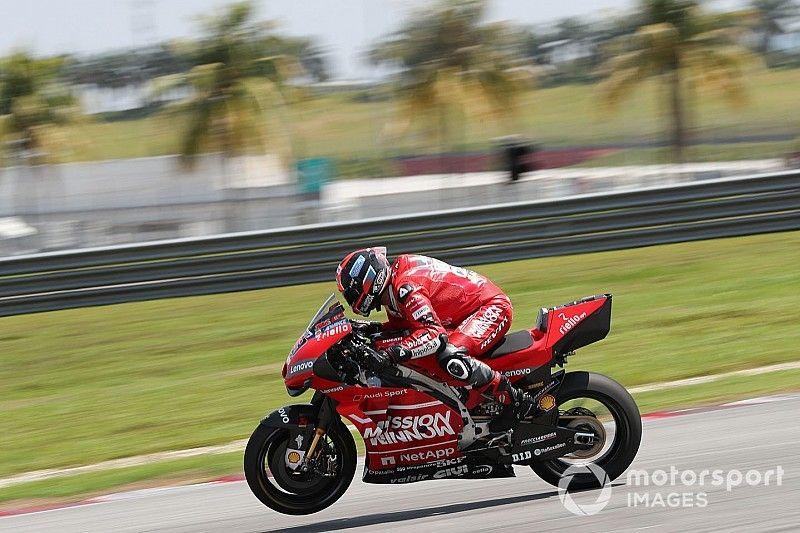 "Ducati teammates cooperating like ""never"" before"