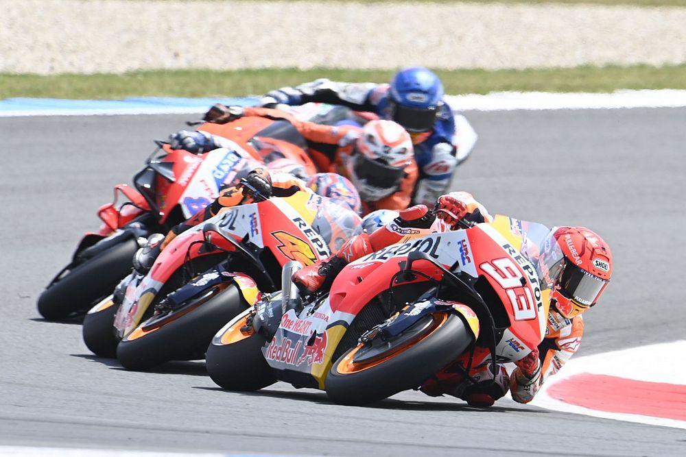 MotoGP: Márquez sentiu dores quarta-feira e não sabia se seria capaz de correr em Assen