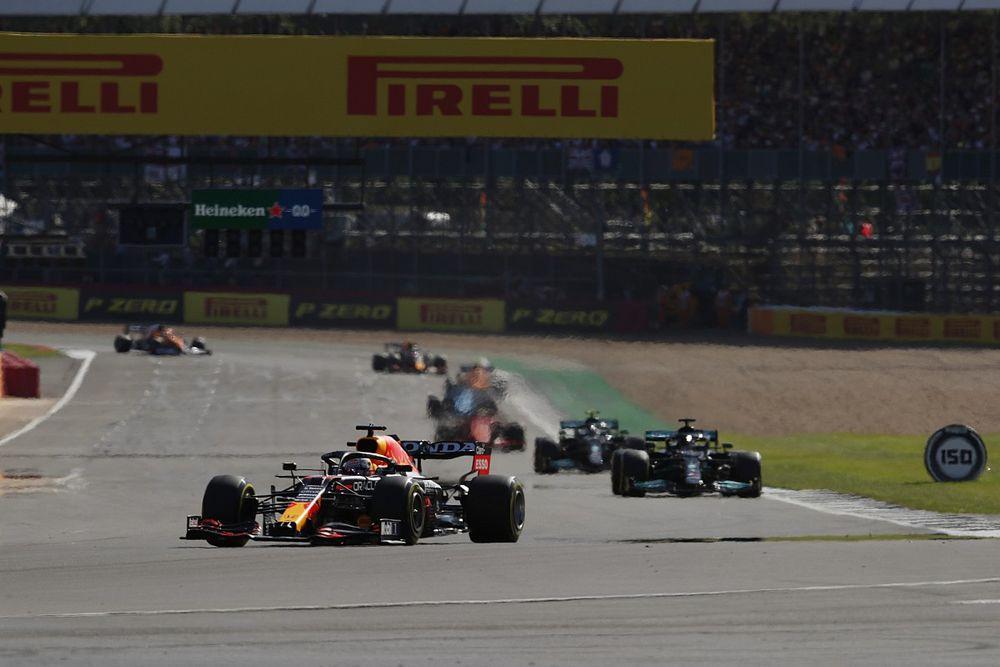 """Verstappen, frenlerinin alev almasının ardından """"oldukça endişelenmiş"""""""