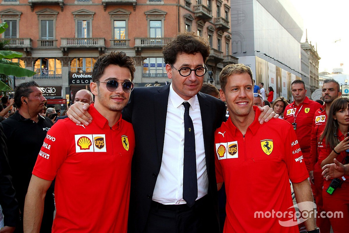 """Briatore: """"Ferrari, Leclerc'i '1 numara' yapmalı"""""""