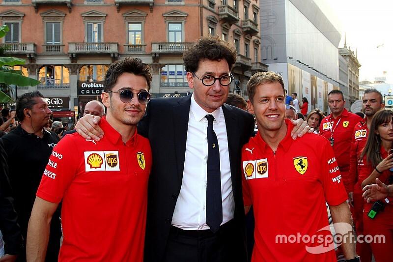 Глава Ferrari: Мы рады, что дали пилотам бороться – а им должно быть стыдно