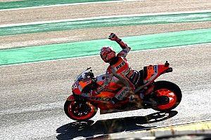 Márquez no da opción y se lleva la novena pole del curso en Aragón