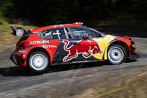 Bottas se entretiene probando el Citroen WRC mientras espera la renovación